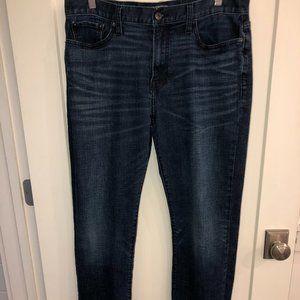Lucky Brand 363 Vintage straight jeans 34x32 EUC